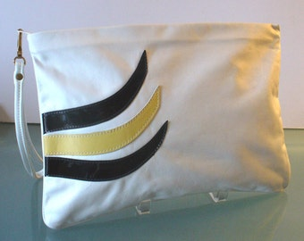 Vintage Tadora Leather Large White Leather Clutch Bag