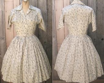 1950s Dress / 50s Shirtwaist Dress /  Circle Skirt /  1950s Day Dress / Rockabilly Dress Nipped Waist / Vintage Fashion / XS