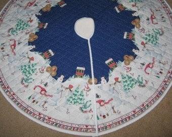 Daisy Kingdom Snowman Winter Village Quilted Tree Skirt