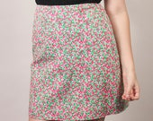 Vintage Lilly Pulitzer 1980s high waisted floral skirt / pink green and white flowers / size 2