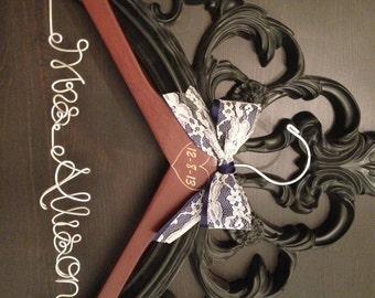 Rustic Wedding Hanger / Bridal Hanger / Wedding Hanger / Engraved Bride Hanger / Vintage Rustic Wedding / Personalized Hanger