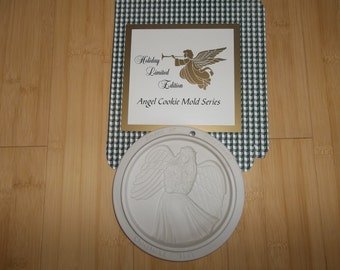 HENN POTTERY Angel Of Blessings Cookie Mold...Collectable...Christmas gift