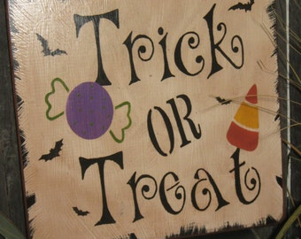 """Primitive Lg Wood Holiday Halloween Subway Sign  Bats Witch Ghost """" TRICK OR TREAT """" Pumpkin Witch Fall Spooky Country Folkart Housewares"""