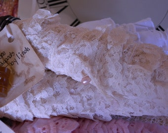 Twelve Generous Yards of Vintage Off White Colored Ruffled Lace in a Wonderful Floral Repeating Pattern on a Vintage Bobbin