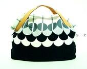 Black and White Retro Graphic Print Canvas Tote/ Casual bag/ Tote/ Handbag