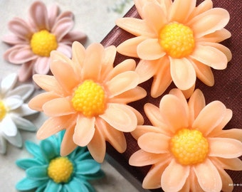 23 mm Peach Colour Wild Chrysanthemum Resin Flower (.nm)