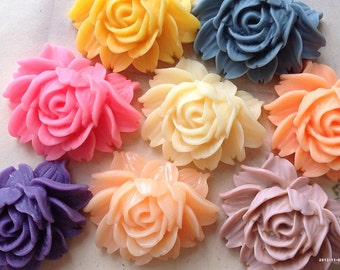 45 x 35 mm Resin Flower Cabochons of assorted colors (t.t)