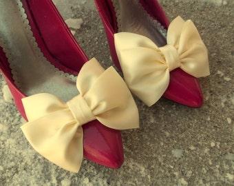 Wedding Satin Bow Shoe Clips - set of 2 -  Bridal Shoe Clips, Wedding shoe clips large double bows, white ,ivory, black