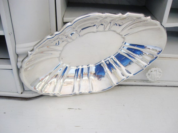 Vintage Silver Plate Bread Tray, Bristol Silverplate by Poole