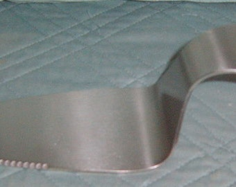 40% Off, Cake Server,  Initial T,   Holiday,  High Heel ,Serving, Wedding, Tea Party,, Magnetic, Wedding Supplies,