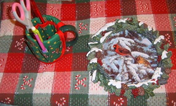 Sale vintage christmas table cloth decorative plate mug for Christmas table decorations sale