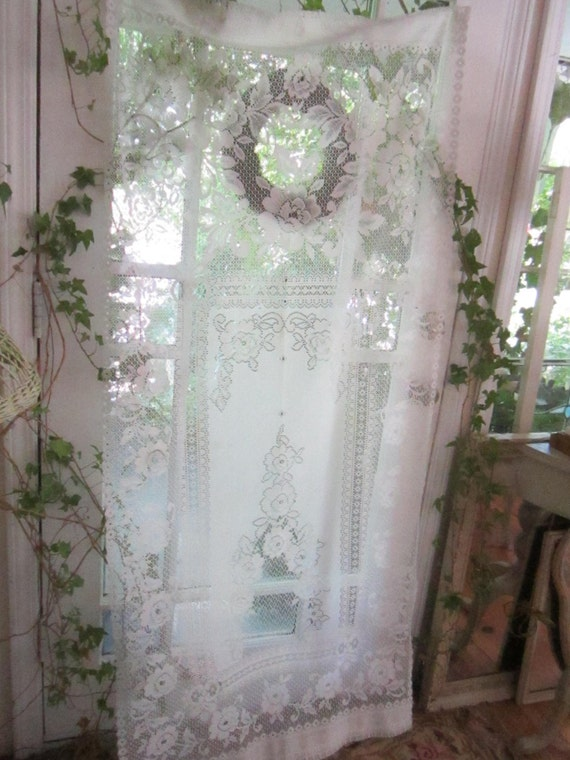 vintage inspired victorian lace curtain by vintagewhitecottage