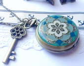 Victorian Watch necklace with brass key charm VSQ029