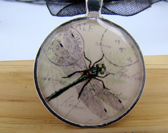 Resin Pendant, Dragonfly, Postale, Black, White, Round, 1 inch, Necklace, For her, Glitter