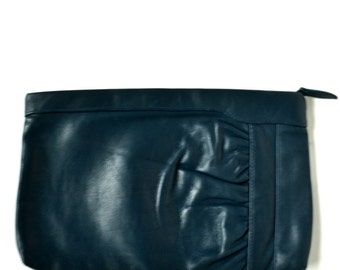 Vintage 80s Navy Blue Leather Clutch Vtg Blue Leather Purse Ruched