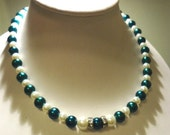 Emerald Green Pearl and White Pearl and Sparkle Rhinestone Rondelle bead Necklace by JulieDeeleyJewellery on Etsy