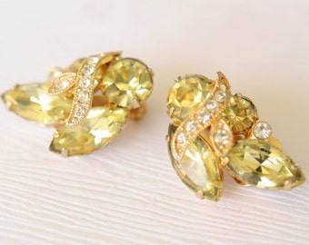 SALE! 1970's vintage // EISENBERG ICE / light green rhinestone earrings in original box