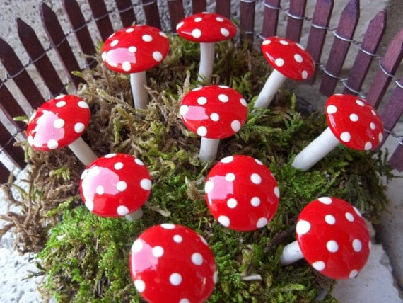 FREE Shipping Fairy garden mushrooms set of 10 moss terrarium accessory woodland garden miniature garden mad hatter tea party miniatures