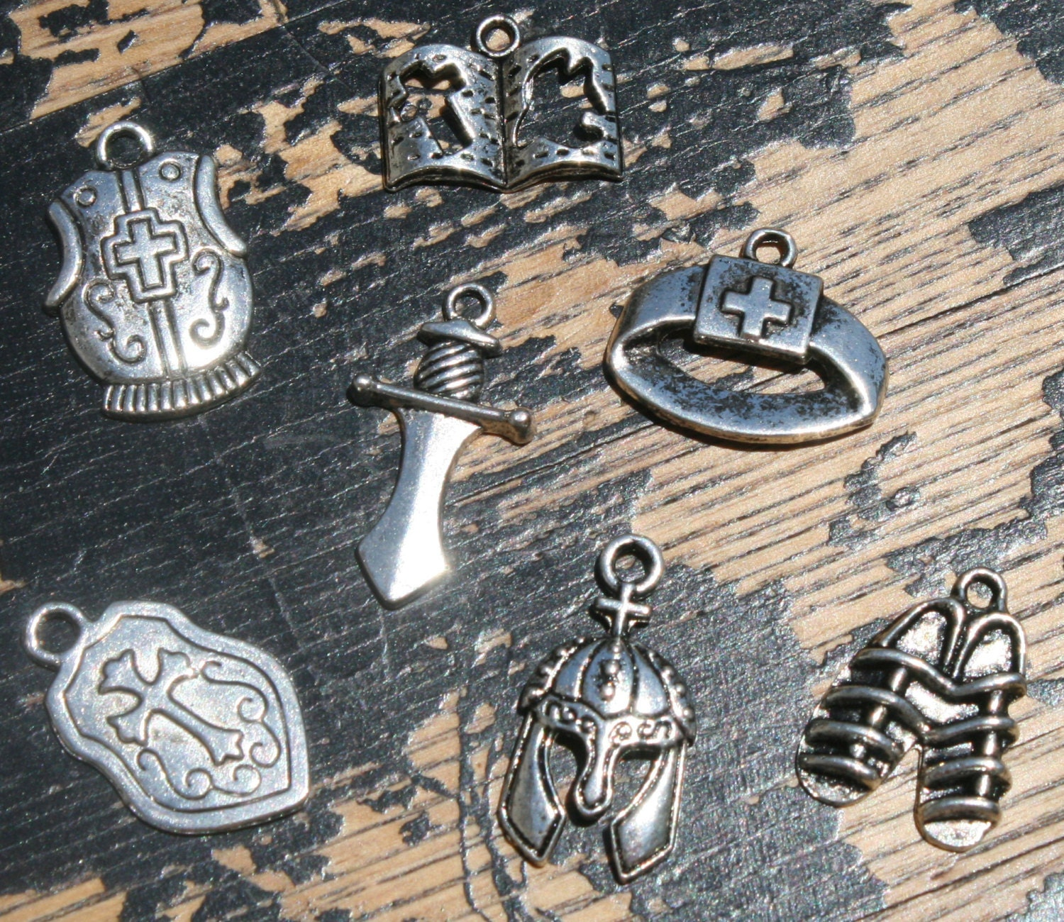 the armor of god charm set tsc020 by findingskeepers
