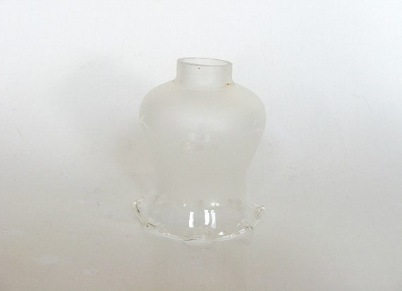 frosted glass light lamp shade with scalloped edge replacement lamp. Black Bedroom Furniture Sets. Home Design Ideas