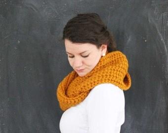 Infinity Scarf || Chunky Scarf || Crochet Scarf