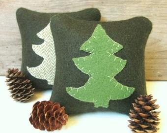 Balsam Pillow, Maine Balsam Pillow, Rustic Cabin Pillow, Rustic Tree Pillow, Green Pine Tree, 4 Inch Square Pillow
