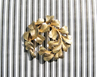 Trifari Pin 1960s Brooch Signed Crown Gold Tone Leaf Designer Collectible Vintage Jewelery