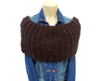 Infinity scarf, Scarf, Knit Capelet, Chunky, Knit Infinity Scarf, Circle Infinity Scarf, Brown, Slouchy Cowl, Chunky Knitted Cowl in Brown