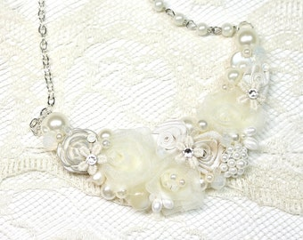 Floral Statement Necklace-Ivory Bridal Jewelry-Pearl bib necklace- Vintage inspired Wedding Accessories-Vintage wedding Jewelry