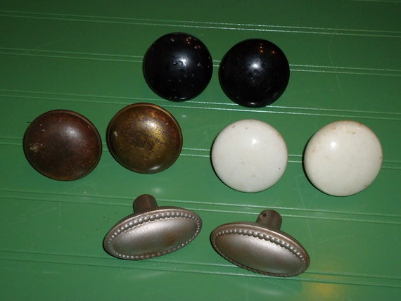 8 vintage 1940 39 s door knobs 4 pairs instant by thesummerplace for 1940 door hardware