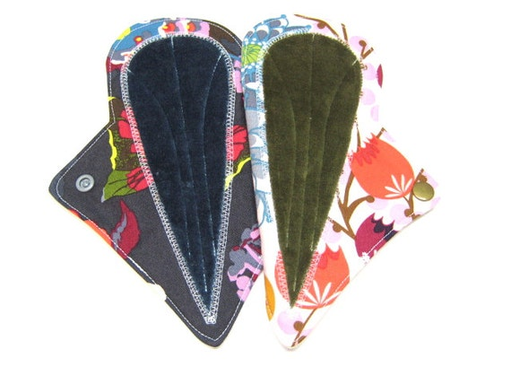 "8"" OBV Thong Mama Cloth Pads / Menstrual Pads / Incontinence Pads - Set of 2 - Free Shipping - Medium to Heavy Flow - PUL and Flannel Backed"