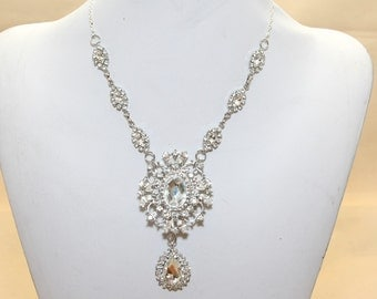 Bridal Wedding Teardrop Chandelier Jewelry Rhinestone Crystals Necklace --- Order for measurement (metal/pearls chain)