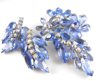 Rhinestone Brooch Earrings Blue Floral Leaf Motif High End Vintage Jewelry Sky Blue Aurora Borealis Stones
