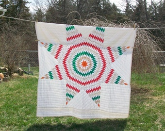 Amish Lonestar Quilt 68x81 vintage red green christmas fabric quilt handquilted