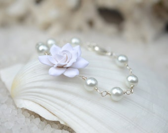 White Gardenia and Pearls Bracelet, White Flower Bracelet, Gardenia Bridal bracelets, Bridal Jewelry