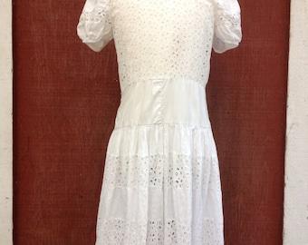 Very Vintage white eyelet girls' size 4 dress