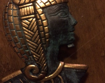 Vintage antique gold tone Egyptian pharaoh Nefertiti Cleopatra and brooch