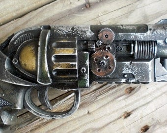 Steampunk Raygun - Colt 19 - cast in acrylic resin #03