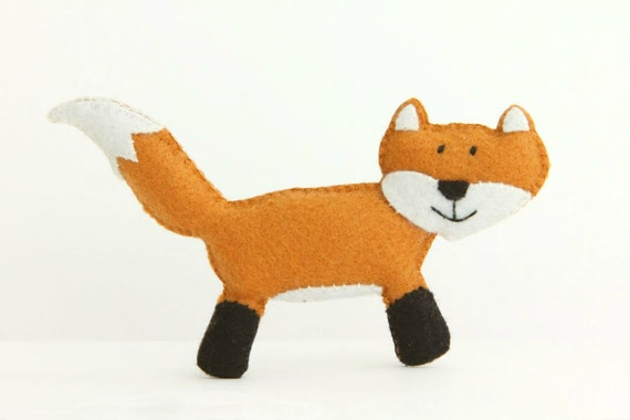 Felt Plushie Hand sewing Pattern PDF. Complete instructions to make Felix the Fox. Instant download.