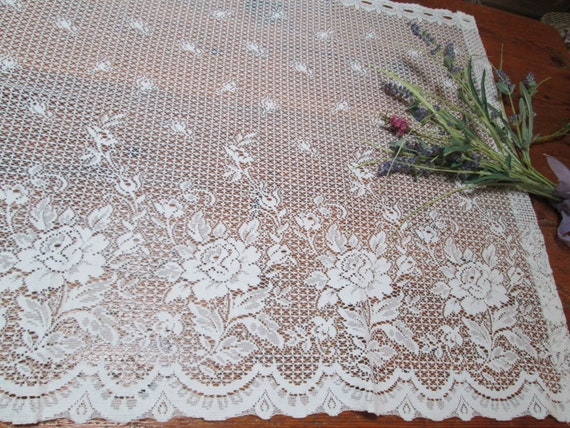 vintage pizzo shabby chic tende cottage chic di HerminasCottage