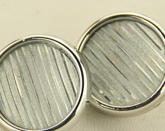 6 pcs 0.71~1.18 inch Korean Silver White Stripes Plastic Shank Buttons for Coats Sweaters