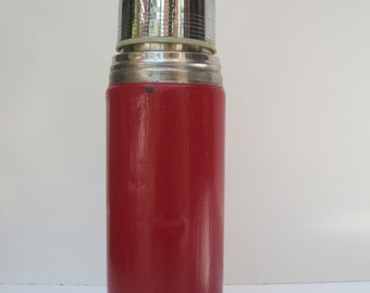 Vintage Aladdin Stanley 16 ounces 470 ml Thermos B 82 US made Hot Red e233