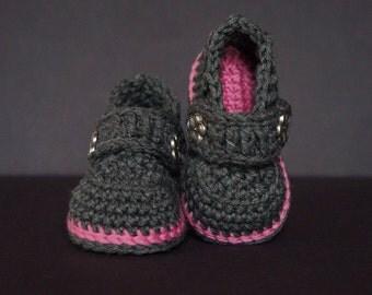 Crochet Baby Shoes, Crochet Baby Booties, Baby Girl Shoes, Baby Shoes, Baby Girl Booties, Baby Girl Shower Gift, Baby Booties, Grey / Pink