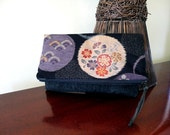 Fold over / Zipped Clutch - Circle Flower