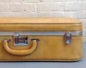 Ventura Light Tan Suitcase Luggage Large Case Storage Leather Pleather Gold  Silver Buckles Medium Weekend Bag Vinyl