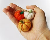 Wool Felt Halloween Pumpkin with Loop Hanging, set of 3 - felted pumpkin Thanksgiving declor Home Decor Home Decoration Holiday Decor