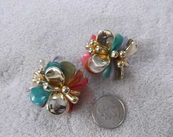 Vtg Clip On Earrings-OLD Plastic Layered Flowers-Hard to Find-C2054
