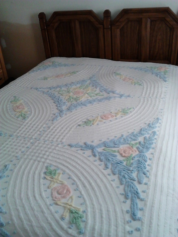 Vintage Chenille Bedspread Cotton Bedspread Shabby Cottage