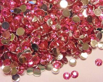 100 rose-red flat back rhinestone beads, 3 mm (S1)