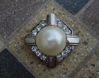 Vintage Brooch, Silver Tone with Faux Pearl and Rhinestones.  Stamped FM China